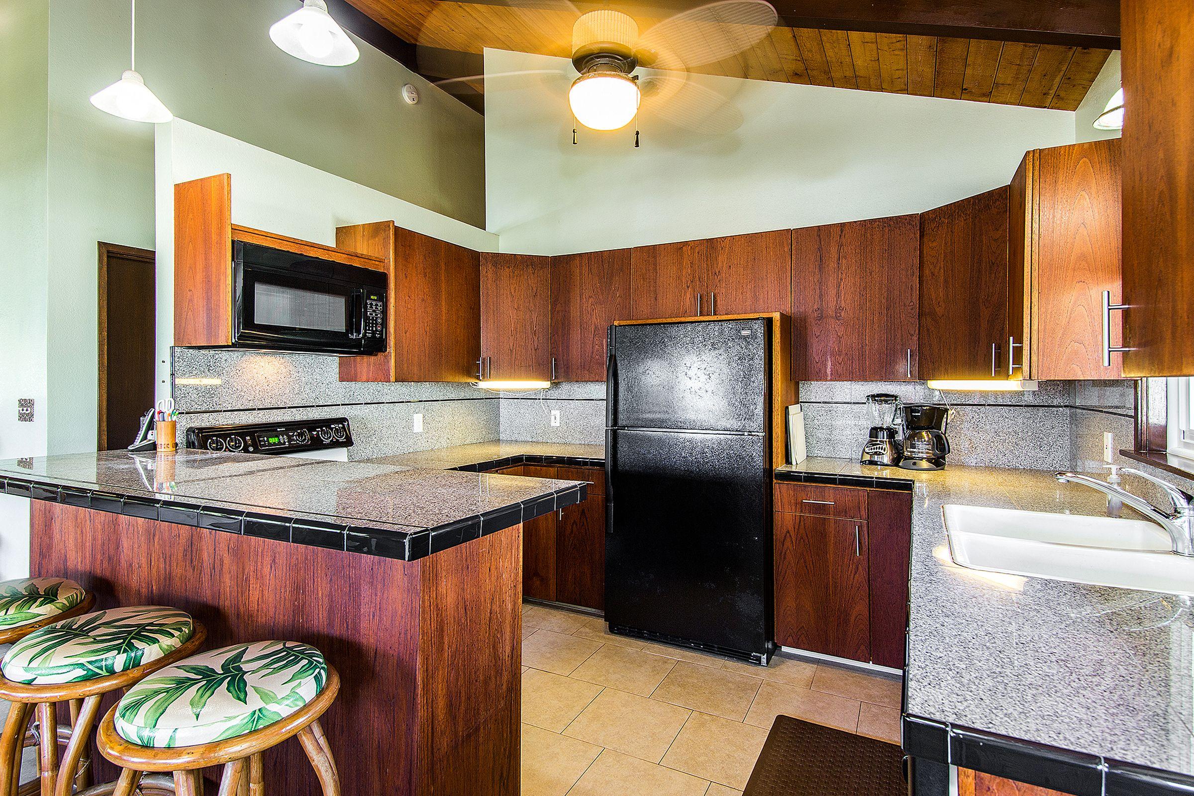 kitchen-dining_1800x1200_1470654